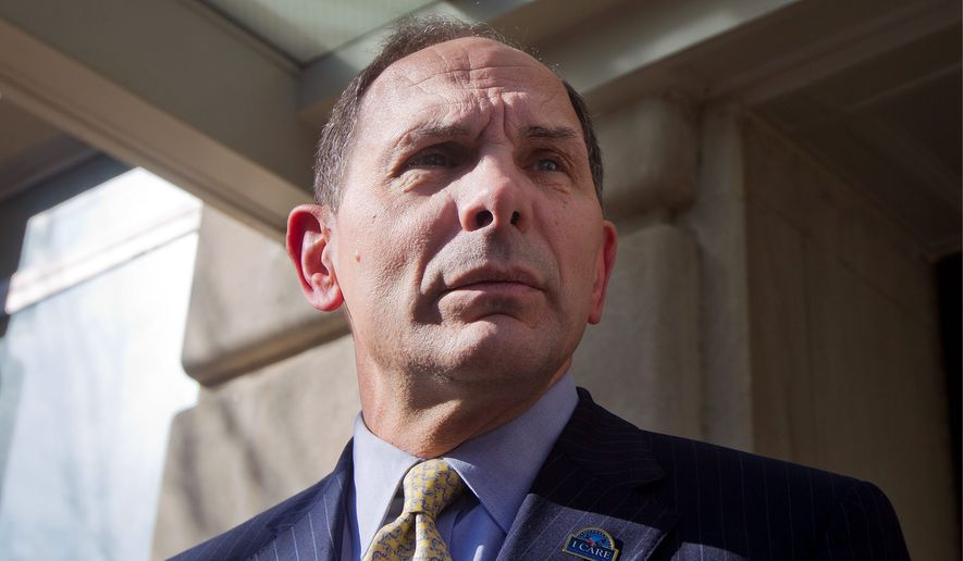 Veteran Affairs Secretary Robert McDonald. (Associated Press) ** FILE **