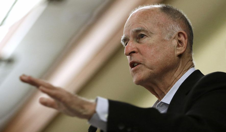California Gov. Jerry Brown addresses a conference in Sacramento, Calif., in this May 27, 2015, file photo. (AP Photo/Rich Pedroncelli, File)