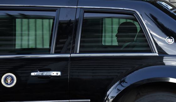 U.S. President Barack Obama departs his hotel to attend the Pacific Alliance meeting at the Asia-Pacific Economic Cooperation summit in Manila, Philippines, Wednesday, Nov. 18, 2015.  (AP Photo/Susan Walsh)