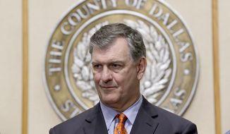 Dallas Mayor Mike Rawlings (Associated Press) **FILE**