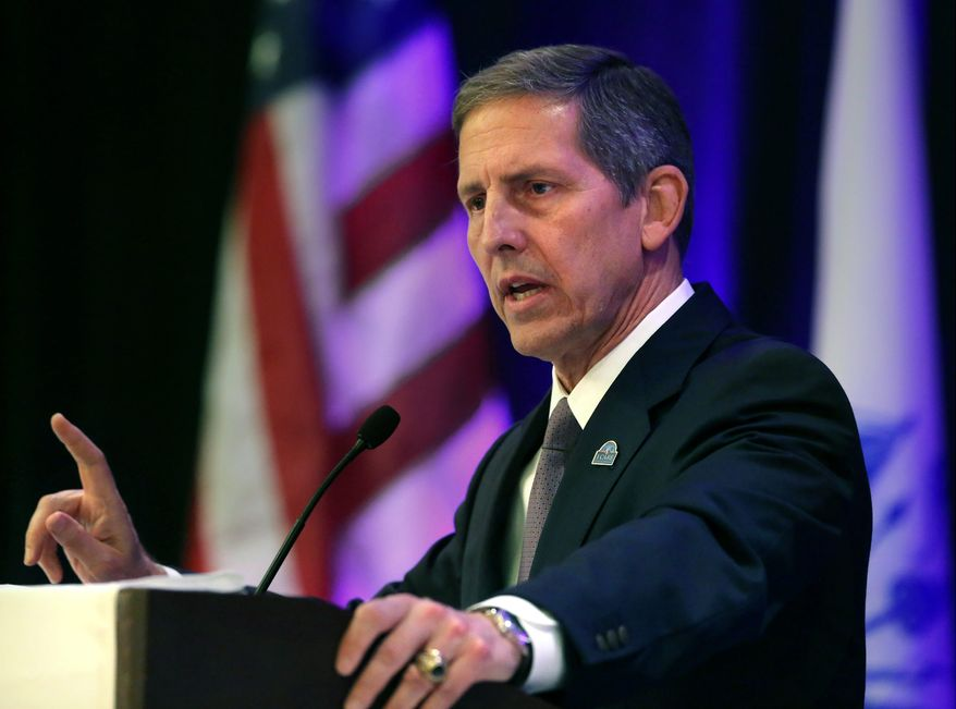 Veterans Administration Secretary Sloan Gibson. (Associated Press) ** FILE **