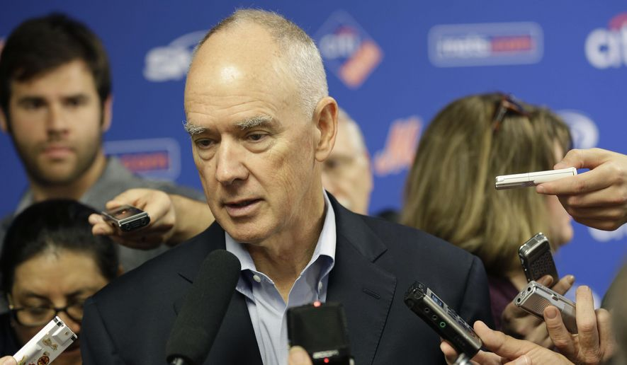 "FILE - In this Nov. 4, 2015, file photo, New York Mets general manger Sandy Alderson speaks to reporters during a news conference in New York. The New York Mets say general manager Sandy Alderson has cancer and will begin chemotherapy this week. Chief operating officer Jeff Wilpon said in a statement Friday, Dec. 4, 2015, the cancer is ""very treatable"" and doctors are ""optimistic about his full recovery.""(AP Photo/Seth Wenig, File)"