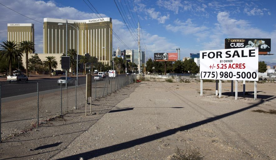 "This Monday, Nov. 23, 2015 photo shows a sign of land for sale in the south Strip of Las Vegas Boulevard. Development in the south Strip likely will happen ""at some point,"" but for now, investors are largely concentrating on the north Strip, said real estate broker John Knott, an executive vice president with CBRE Group and head of its global gaming group. (Steve Marcus/Las Vegas Sun via AP) MANDATORY CREDIT"