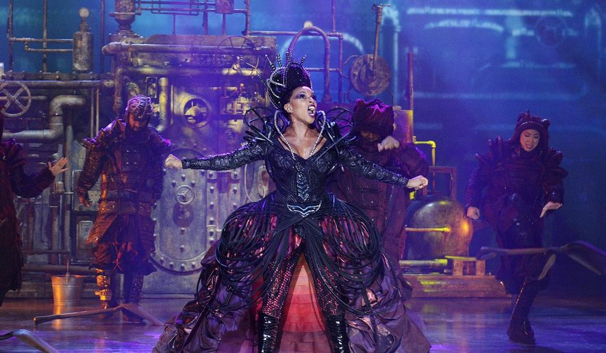 "This Nov. 30, 2015 photo released by NBC shows Mary J Blige as Evillene during a dress rehearsal of ""The Wiz Live!"" in New York. (Virginia Sherwood/NBC via AP)"