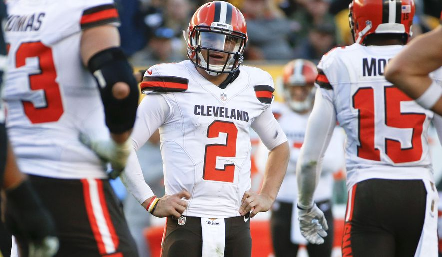 FILE - In this Nov. 15, 2015, file photo, Cleveland Browns quarterback Johnny Manziel (2) plays during an NFL football game against the Pittsburgh Steelers, in Pittsburgh. The Browns will play the 49ers on Sunday, Dec. 13, 2015 in Cleveland. (AP Photo/Gene J. Puskar, File)