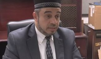 Nidal Alsayyed, an imam in Southeast Texas, says he was forced to resign from his position after he endorsed Donald Trump's temporary ban on Muslim immigrants entering the United States. (KFDM)