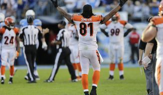 Cincinnati Bengals tight end Alex Smith reacts as the Bengals play the San Diego Chargers during the second half in an NFL football game Sunday, Dec. 1, 2013, in San Diego. (AP Photo/Lenny Ignelzi)