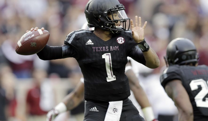 FILE - In this Oct. 31, 2015, file photo, Texas A&M quarterback Kyler Murray throws against South Carolina during an NCAA college football game in College Station, Texas. Murray has left the team and has been granted his release to transfer. The highly touted freshman is the second Texas A&M quarterback to transfer from the school in a week after Kyle Allen left last Thursday. (AP Photo/Eric Gay, File)