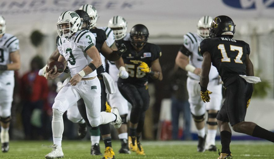 Ohio quarterback JD Sprague (3) runs downfield during the first half of the Camellia Bowl NCAA college football game against Appalachian State in Montgomery, Ala., Saturday, Dec. 19, 2015. (Albert Cesare/The Montgomery Advertiser via AP)  NO SALES; MANDATORY CREDIT
