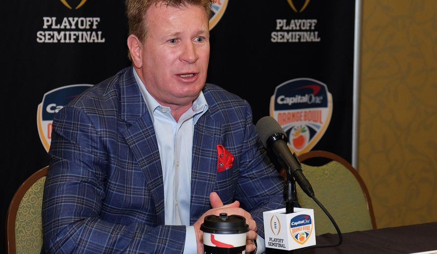 Oklahoma defensive coordinator Mike Stoops speaks to the media at a press conference in Fort Lauderdale, Fla., Sunday, Dec. 27, 2015. Oklahoma will play Clemson in the Orange Bowl on New Year's Eve. (AP Photo/Gaston De Cardenas)