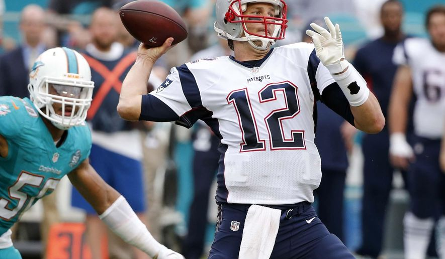 New England Patriots quarterback Tom Brady (12) aims to pass during the second half of an NFL football game against the Miami Dolphins, Sunday, Jan. 3, 2016, in Miami Gardens, Fla. (AP Photo/Wilfredo Lee)