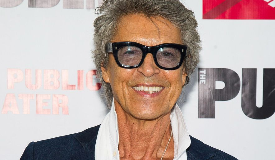 FILE - In this June 9, 2015 file photo, Tommy Tune attends The Public Theater's Annual Gala at the Delacorte Theater in New York. Tune, who received his 10th Tony Award this summer for lifetime achievement, will replace Chita Rivera from Jan. 12-23 slot at Cafe Carlyle as she recovers from a pelvic stress fracture. Rivera will instead take the stage from April 19-30. (Photo by Charles Sykes/Invision/AP, File)