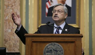 Iowa Gov. Terry Branstad delivers his annual Condition of the State address before a joint session of the Iowa Legislature, Tuesday, Jan. 12, 2016, at the Statehouse in Des Moines, Iowa. (AP Photo/Charlie Neibergall) ** FILE **