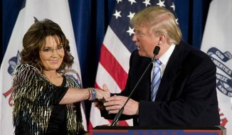 Former Republican vice presidential candidate, and former Alaska Gov. Sarah Palin endorses Republican presidential candidate Donald Trump. (AP Photo/Mary Altaffer) ** FILE **
