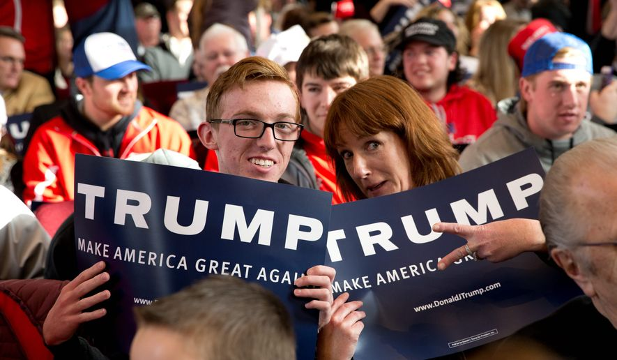 Republican presidential candidate Donald Trump's message is winning him fans among Iowa's white, blue-collar voters as the Hawkeye State's first-in-the-nation caucus is now less than a week away. (Associated Press).. **FILE**