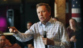 Republican presidential candidate, Ohio Gov. John Kasich speaks to voters during a campaign stop at a music club tavern called the Stone Church, Monday, Jan. 25, 2016, in Newmarket, N.H. (AP Photo/Jim Cole)
