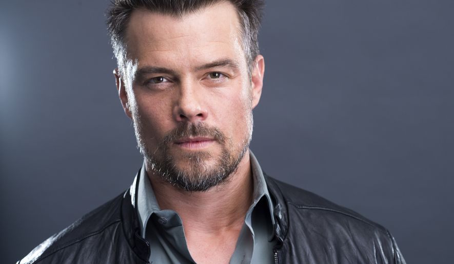 Actor Josh Duhamel poses for a portrait on Wednesday, Jan ... Josh Duhamel