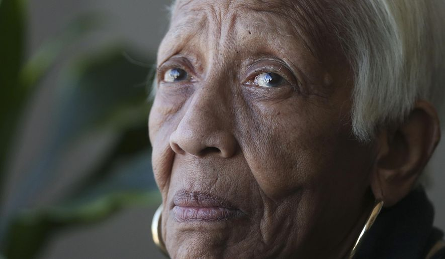 In this Jan. 11, 2016 photo, Doris Payne speaks during an interview in Atlanta. The 85-year-old has managed to walk off with pricey jewels in countless thefts around the world for over six decades, according to authorities. (AP Photo/John Bazemore)