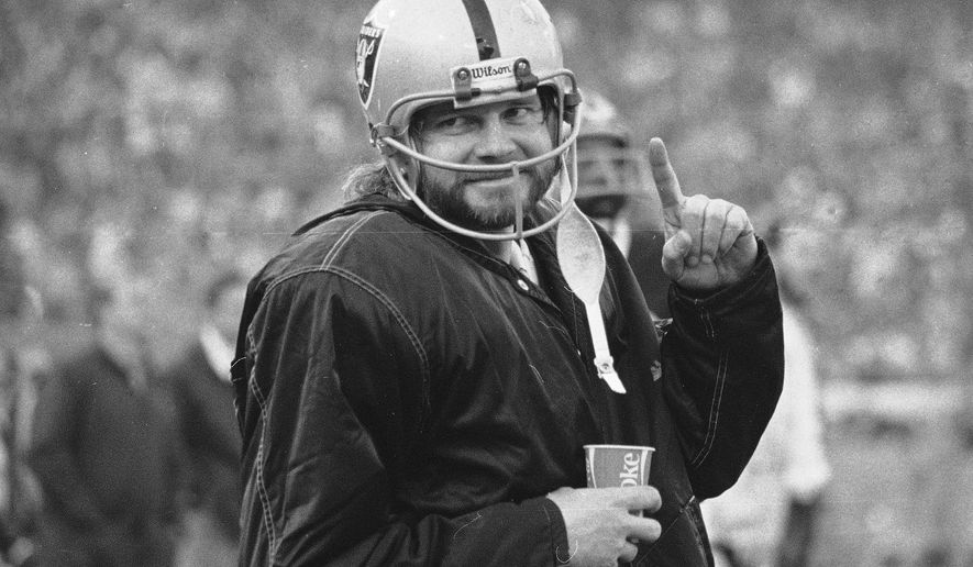 "FILE - In this Dec. 27, 1976, file photo, Oakland Raiders quarterback Ken Stabler stands on the sidelines during the second half of AFC championship game against the Pittsburgh Steelers in Oakland, Calif. Boston researchers say Stabler had the brain disease CTE. Boston University confirmed the diagnosis Wednesday, Feb. 3, 2016.  Stabler, who died of colon cancer at 69 in July 2015, had Stage 3 chronic traumatic encephalopathy, Dr. Ann McKee told The Associated Press. McKee said the disease was widespread throughout his brain, with ""severe"" damage to the regions involving learning, memory and regulation of emotion. (AP Photo/File)"