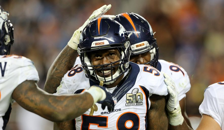 Denver Broncos' Von Miller (58) celebrates a sack/strip of with teammates in the fourth quarter of the NFL Super Bowl 50 football game Sunday, Feb. 7, 2016, in Santa Clara, Calif.  (AP Photo/Gregory Payan)