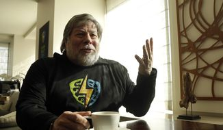 Apple co-founder Steve Wozniak is interviewed in San Francisco, Wednesday, Feb. 10, 2016. (AP Photo/Jeff Chiu) ** FILE **