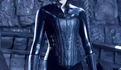 Kate Beckinsale as vampire Selene in Underworld (2003)