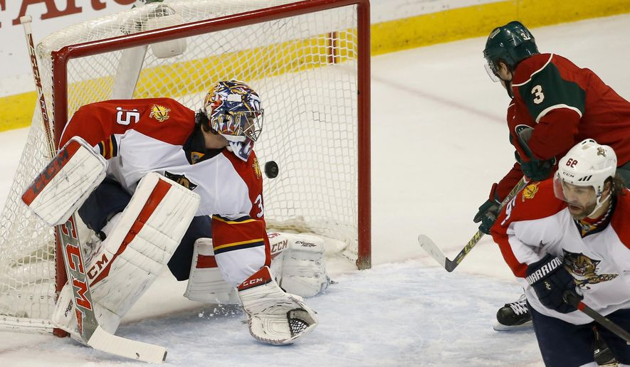 Minnesota Wild center Charlie Coyle (3) gets a shot past Florida Panthers goalie Al Montoya (35) to score during the first period of an NHL hockey game in St. Paul, Minn., Sunday, Feb. 28, 2016. (AP Photo/Ann Heisenfelt)