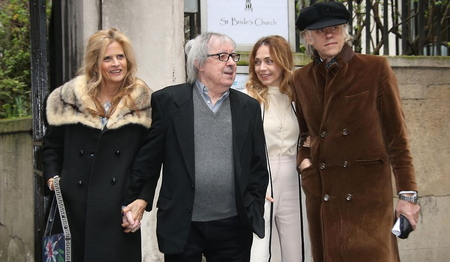 Suzanne Accosta, from left, Bill Wyman, Jeanne Marine and Bob Geldof arrive at St Bride's Church for the celebration ceremony of the wedding of Rupert Murdoch and Jerry Hall in London, Saturday, March 5, 2016. (Photo by Joel Ryan/Invision/AP)