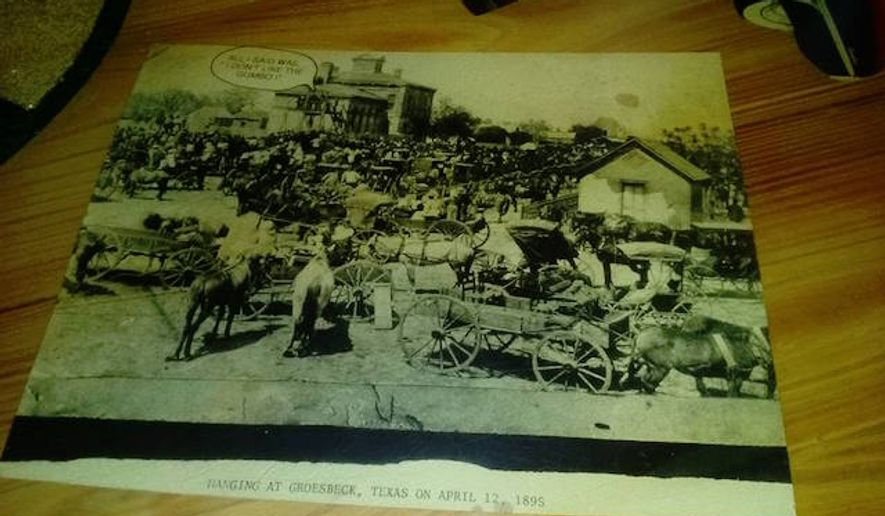 Joes crab shack under fire for decorative photo of 1895 hanging the minneapolis naacp is demanding answers after a couple dining at a local joe39 voltagebd Image collections