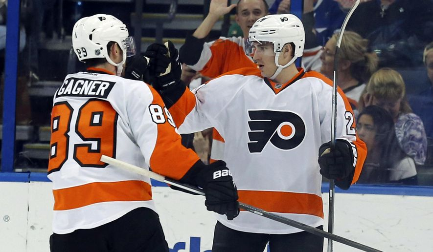 killorn and callahan score in 3rd lightning beat flyers 4 2