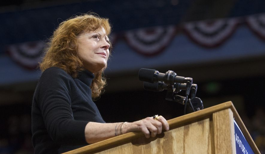Actress Susan Sarandon introduces Democratic presidential candidate Sen. Bernie Sanders, I-Vt., speaks at a campaign rally in Boise, Idaho, Monday, March 21, 2016. (AP Photo/Otto Kitsinger) ** FILE **