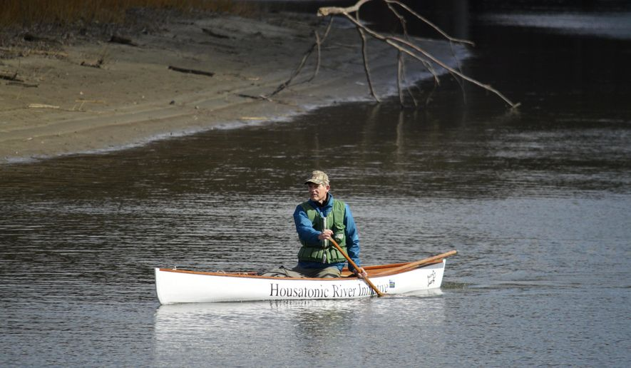 Denny Alsop sets off on a canoe trip across Massachusetts in Sheffield, Mass., on the Housatonic River to promote clean water and the clean up of the Housatonic, Monday, March 21, 2016. (Ben Garver/The Berkshire Eagle via AP) BERKSHIRE COURIER OUT, GREAT BARRINGTON RECORD OUT, RURAL INTELLIGENCER OUT, BERKSHIRES OUT; MANDATORY CREDIT
