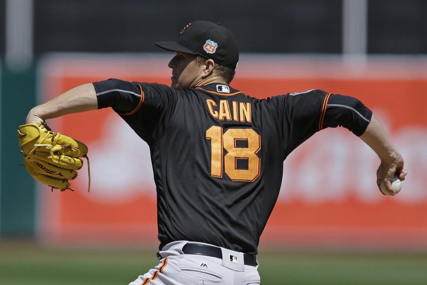 San Francisco Giants' Matt Cain works against the Oakland Athletics in the first inning of an exhibition baseball game Saturday, April 2, 2016, in Oakland, Calif. (AP Photo/Ben Margot)
