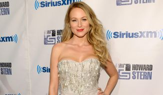 "Singer Jewel Kilcher attends "";Howard Stern's Birthday Bash,"" presented by SiriusXM, at the Hammerstein Ballroom on Friday, Jan. 31, 2014, in New York.  (Photo by Evan Agostini/Invision/AP)"