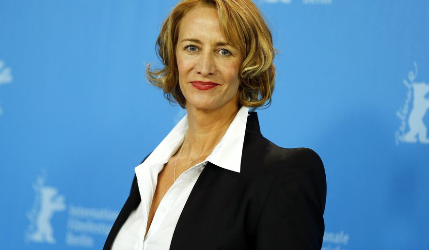 """FILE - In this Feb. 7, 2015 file photo, actress Janet McTeer poses during the photo call for the film """"Angelica"""" at the 2015 Berlinale Film Festival in Berlin. McTeer and Liev Schreiber will star  on Broadway this fall in """"Les Liaisons Dangereuses,"""" a play about power and seduction in 18th century France. (AP Photo/Axel Schmidt, File)"""