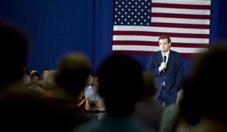 Republican presidential hopeful Sen. Ted Cruz  talks at the Old National Events Plaza in Evansville, Ind., Sunday, April 24, 2016.  (Denny Simmons/Evansville Courier & Press via AP)