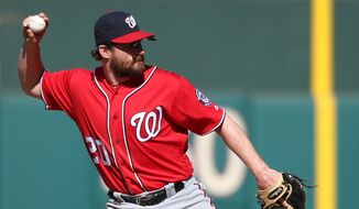 Washington Nationals second baseman Daniel Murphy (20) in action during a baseball game against the Philadelphia Phillies, Sunday, April 17, 2016, in Philadelphia. (AP Photo/Laurence Kesterson)