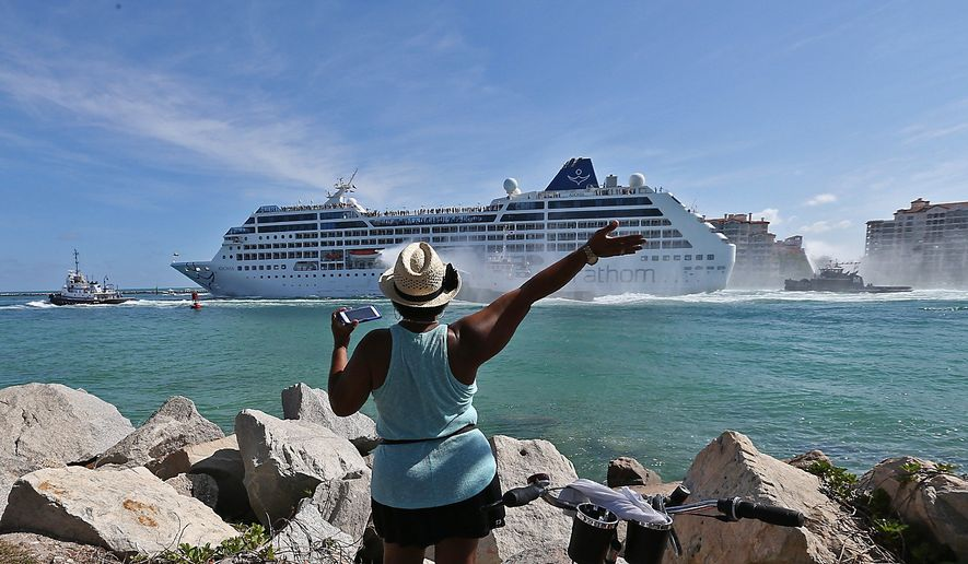First US Cruise In Decades Arrives In Havana Cuba From Miami - Cruise ships to cuba
