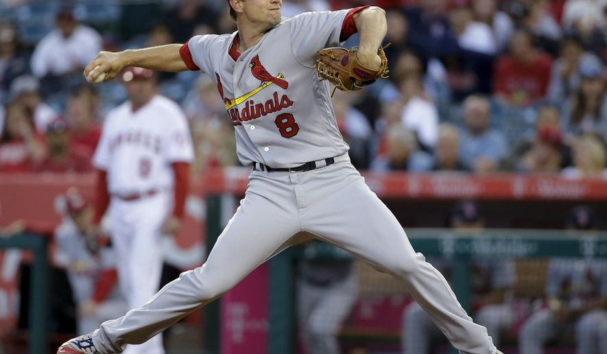 St. Louis Cardinals starting pitcher Mike Leake throws against the Los Angeles Angels during the first inning of a baseball game in Anaheim, Calif., Tuesday, May 10, 2016. (AP Photo/Chris Carlson)