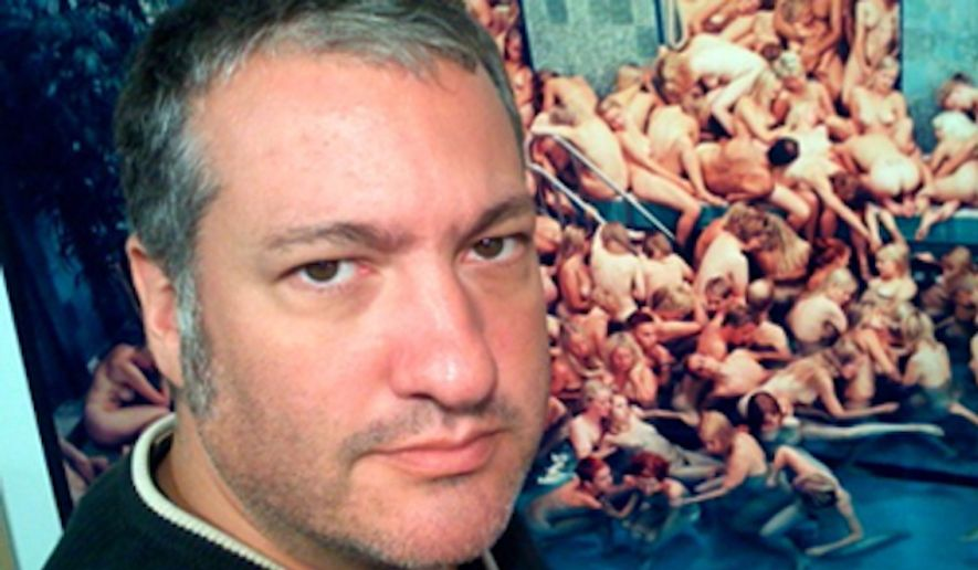 Spencer Tunick, a New York photographer known for his large-scale nude photo shoots, is planning a protest shoot with 100 nude women in Cleveland ahead of the Republican National Convention. (Twitter/@Spencer Tunick)