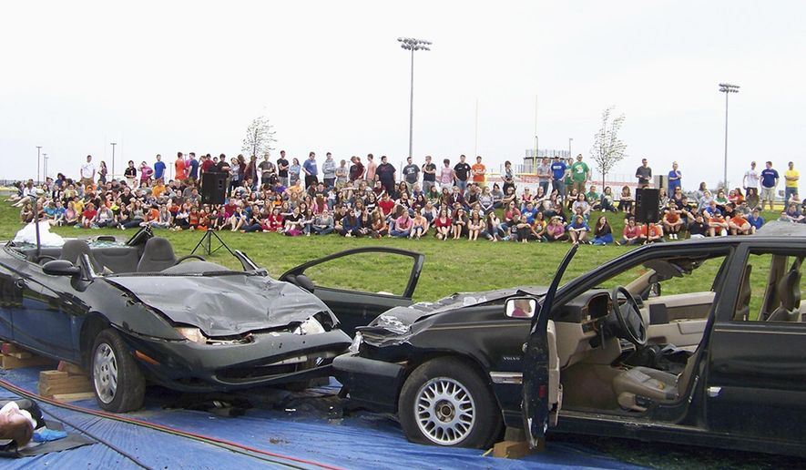 EXCHANGE: Crash enactment greeted soberly by Paris students ...