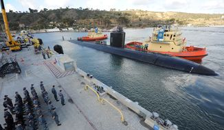 The submarine USS Alexandria (SSN 757) arrives pierside in its new homeport of San Diego on Nov. 10, 2015. (navy.mil)