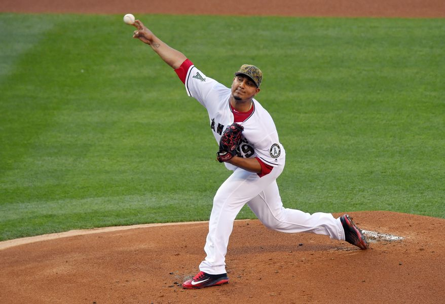 Los Angeles Angels starting pitcher Jhoulys Chacin throws to the plate during the first inning of a baseball game against the Detroit Tigers, Monday, May 30, 2016, in Anaheim, Calif. (AP Photo/Mark J. Terrill)