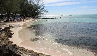 There are ways to tour Grand Cayman without breaking the bank.  (Nicole Pajer)