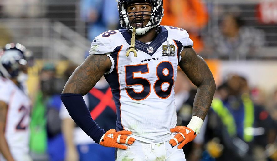 """FILE - In this Feb. 7, 2016, file photo, Denver Broncos' Von Miller pauses during NFL football's Super Bowl 50 against the Carolina Panthers in Santa Clara, Calif. Miller, Miami Heat's Dwyane Wade and Chicago Cubs' Jake Arrieta will be featured in ESPN The Magazine's eighth annual """"Body Issue."""" (AP Photo/Gregory Payan, File)"""