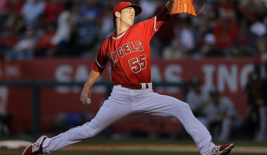 Los Angeles Angels starting pitcher Tim Lincecum works against an Oakland Athletics batter during the first inning of a baseball game Thursday, June 23, 2016, in Anaheim, Calif. (AP Photo/Gregory Bull)
