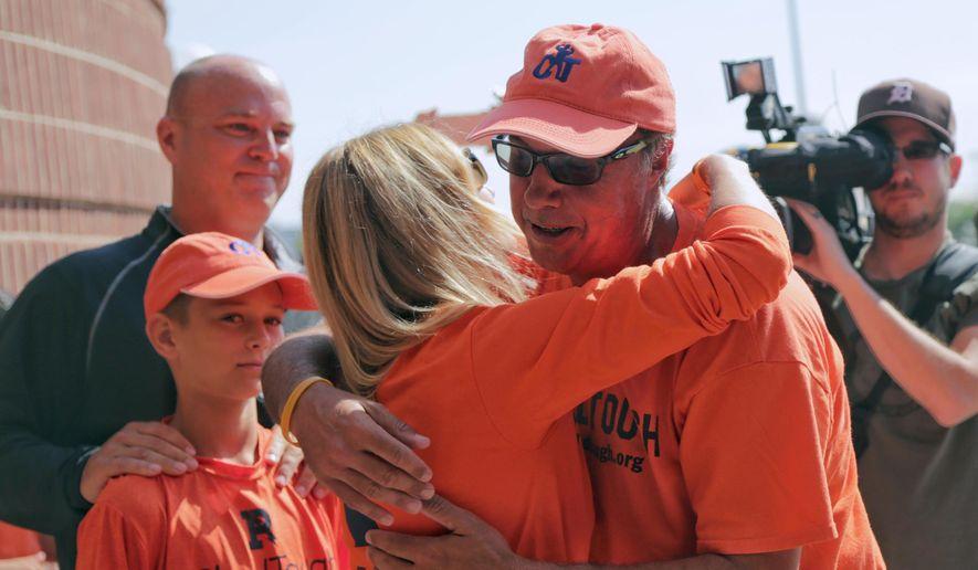 Philly man walks 600 miles for Lloyd Carr's grandson - Washington Times