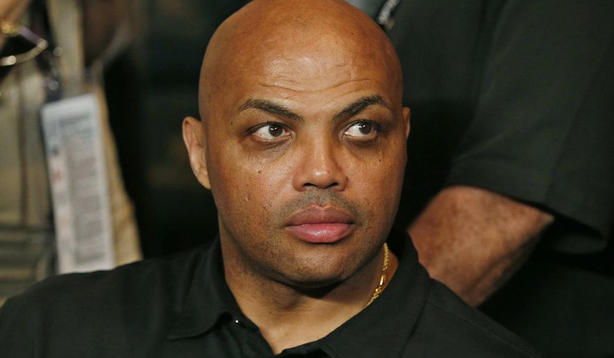 Charles Barkley joins the crowd before the start of the world welterweight championship bout between Floyd Mayweather Jr., and Manny Pacquiao in Las Vegas on May 2, 2015. (Associated Press) **FILE**