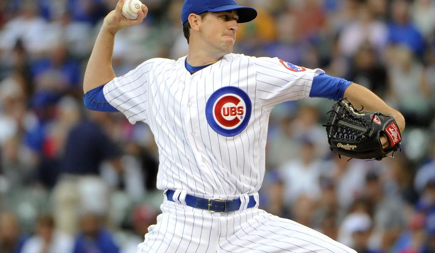 Chicago Cubs starting pitcher Kyle Hendricks (28) throws against the Texas Rangers during the first inning of an interleague baseball game, Friday, July 15, 2016, in Chicago. (AP Photo/David Banks)