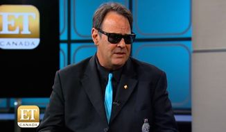 "Hollywood producer Dan Aykroyd said that ""millions"" of racists who will be voting for Donald Trump are responsible for online vitriol directed at ""Ghostbusters"" star Leslie Jones. (Entertainment Weekly Canada screenshot)"